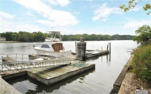 Dock For Rent At MANHASSET BAY BOAT SLIP FOR RENT $1,400 SEASON. APRIL 1 TO OCT 30