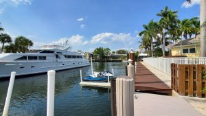 Dock For Rent At Landings 80′ deck near shops and entertainment. Live onboard welcome